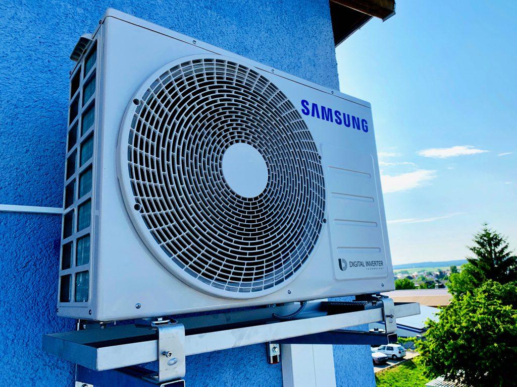 Außengerät Samsung mit Ölwanne